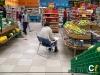 baja_julia-dron-realizando-performance-no-supermercado_foto-karina_quinteros